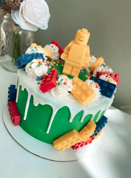 The LEGO Cake of your Kid's Dreams