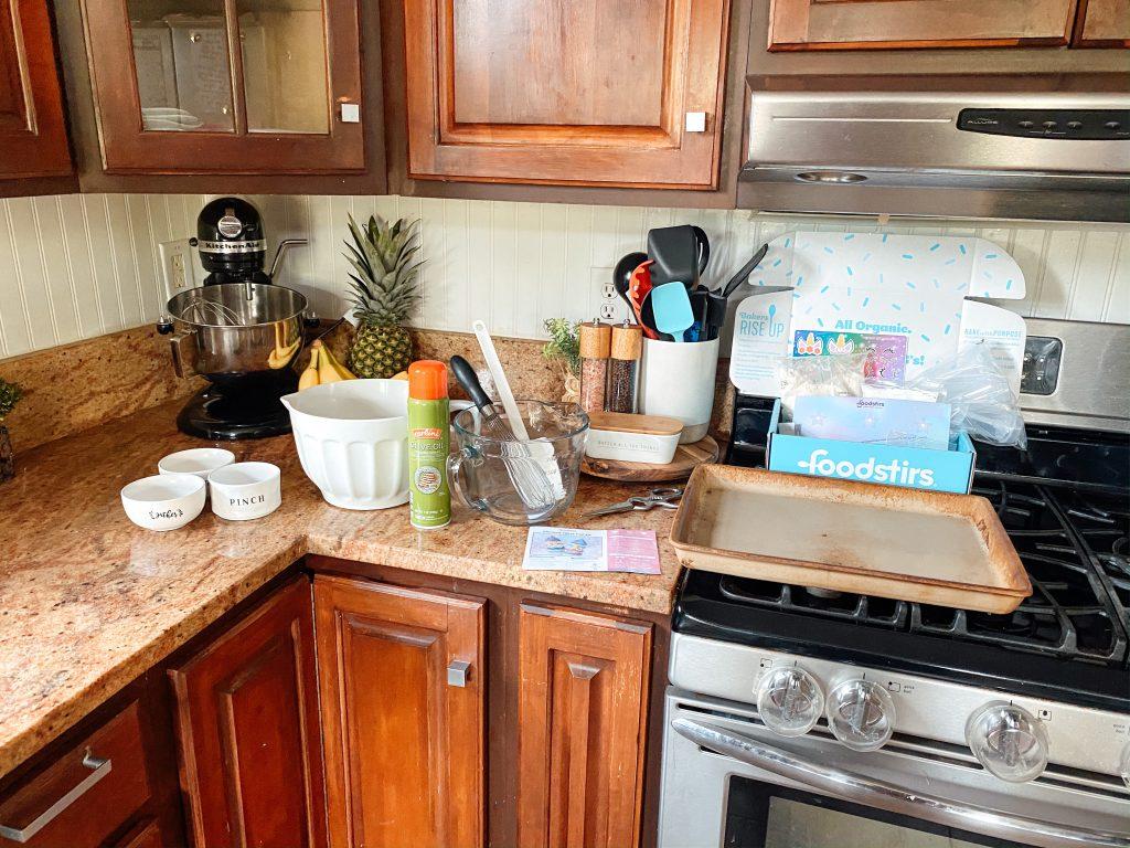 Unicorn Treat Pops Baking Kit Supplies