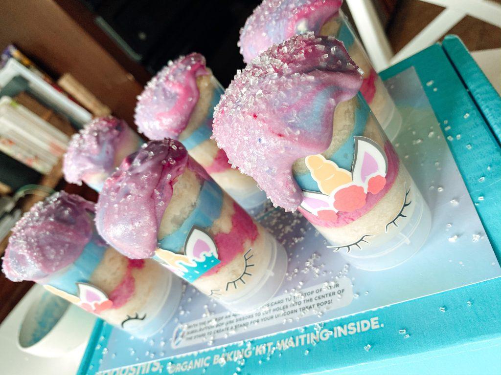 Foodstirs Unicorn Treat Pop Baking Kit