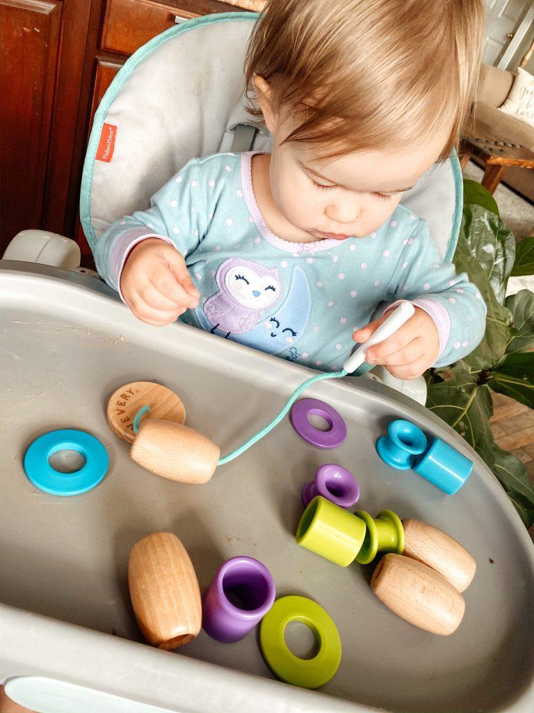 LOVEVERY Montessori Bead Toy