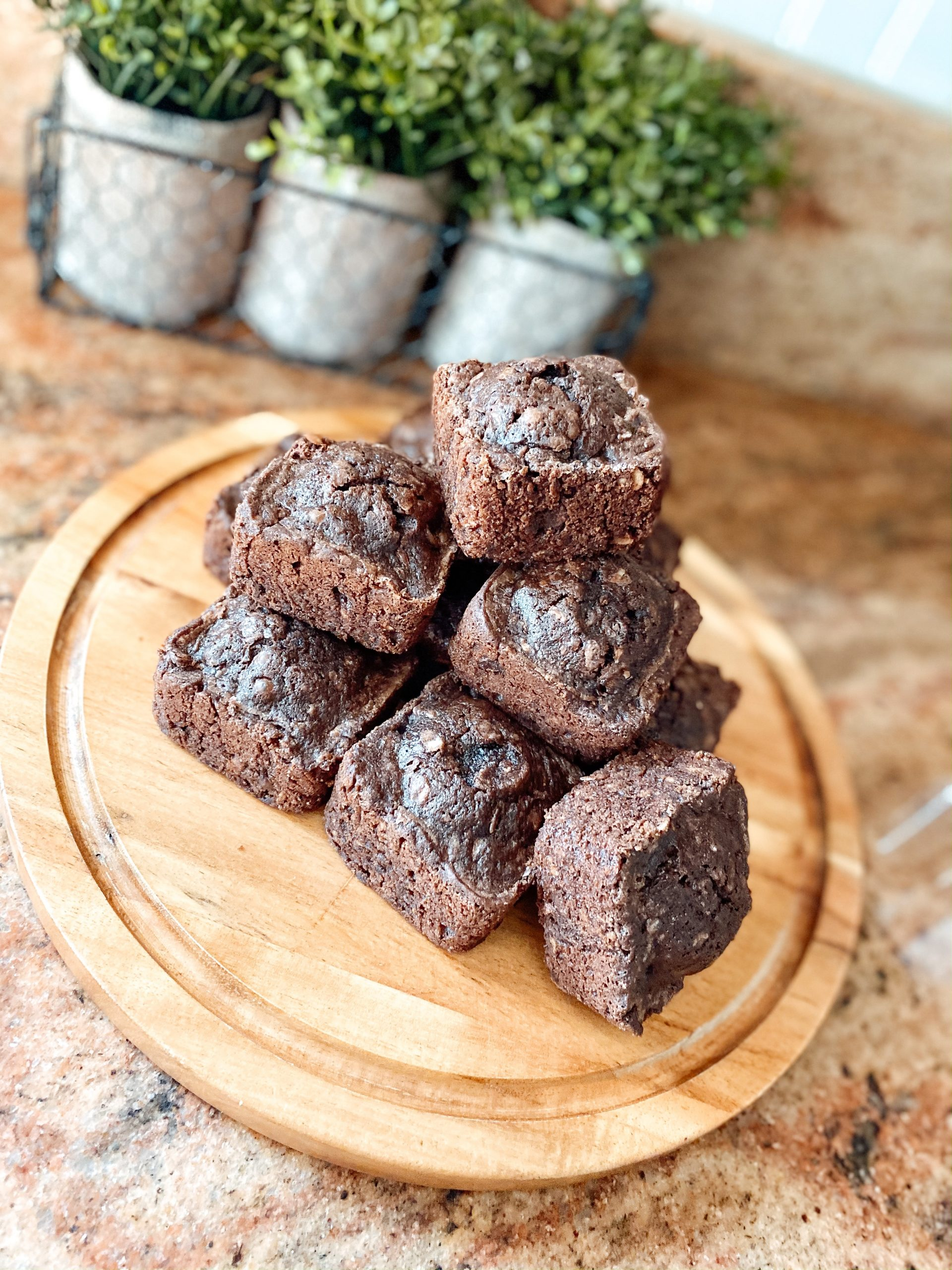 The easiest homemade lactation brownies!