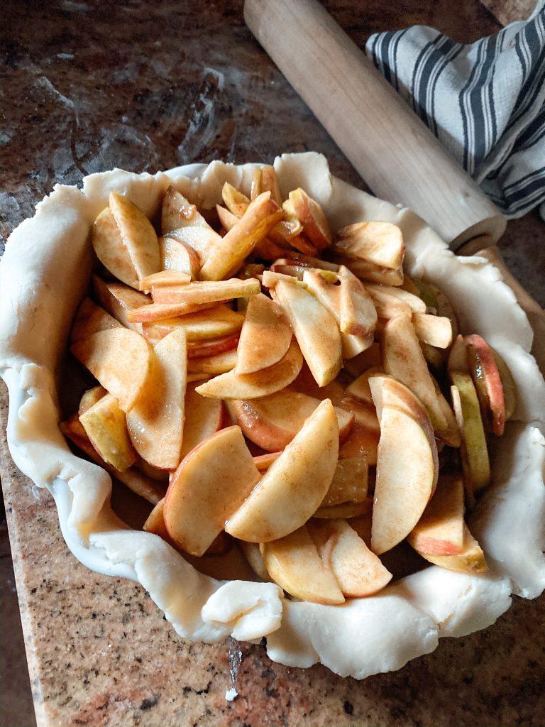 Apple Pie filling in Homemade Crust